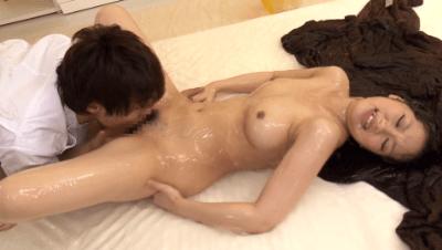 鈴木 一徹 媚薬マッサージ動画4